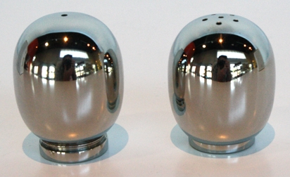 superellipse_saltANDpepperShakers_412x252.jpg